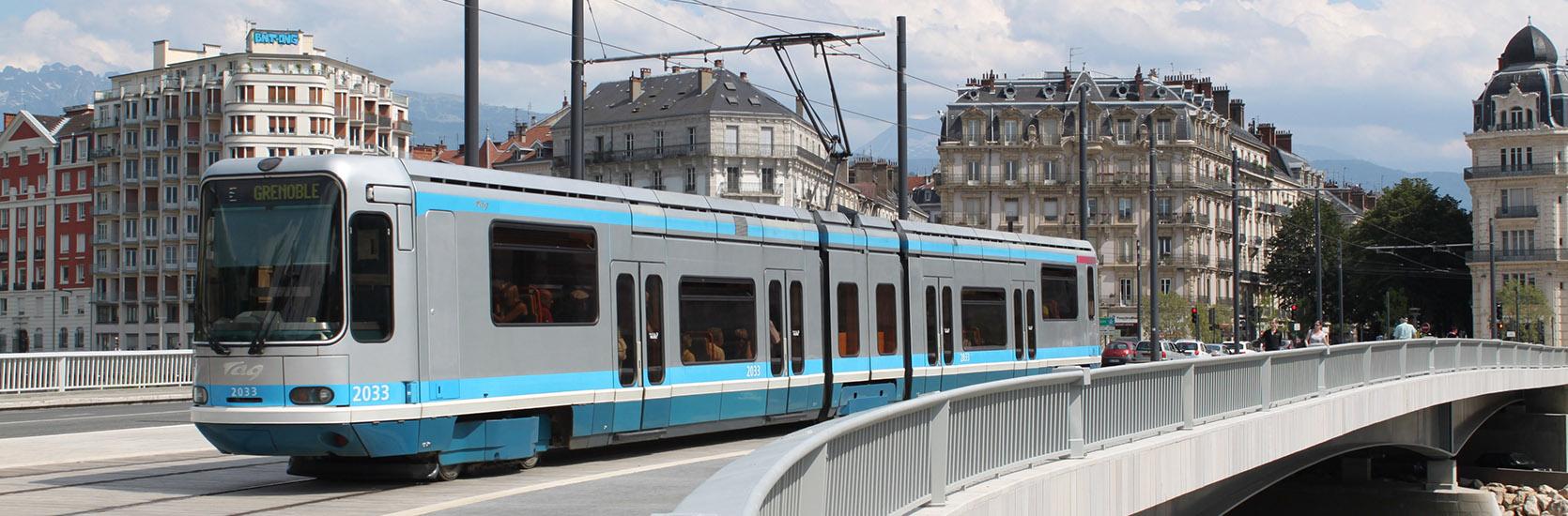slider-3-tram-grenoble